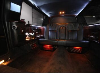 Photo of: 6 Passenger Limousine