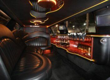 Photo of: 8 – 10 Passenger Limousine